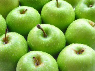 Trong táo còn có chứa vô số các hợp chất thực vật khác với hàm lượng nhỏ như Quercetin, Catechin, Chlorogenic, Borum, Flavonoid, pectin…